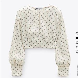 NWT Zara Shoulder Pad Print Top Size L